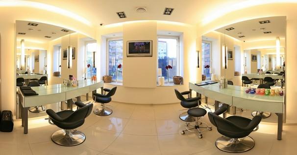 Niezbędne wyposażenie salonu fryzjerskiego