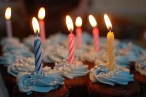 Pyszny tort na urodzinach