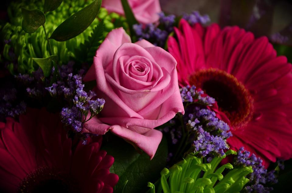 Miły kwiatowy akcent