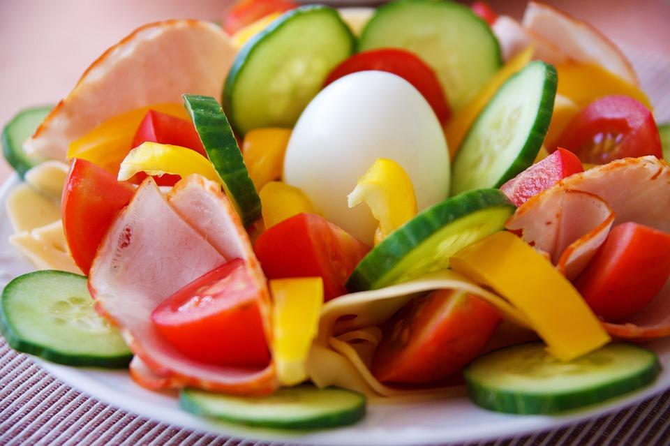 Catering dietetyczny – jak wybrać najlepszy?