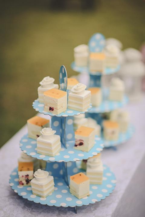 Zrobiony samodzielnie czy zamówiony tort urodzinowy?