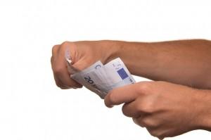Kredyty gotówkowe – wady i zalety