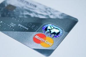 Karta kredytowa - co warto wiedzieć?