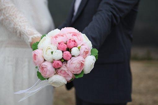 Jakie kwiaty na bukiety ślubne?