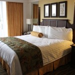 Co powinno się znaleźć na wyposażeniu pokoi hotelowych?
