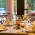 Wyposażenie restauracji – na co powinniśmy zwrócić uwagę?