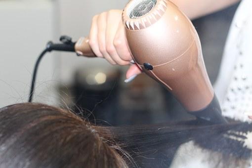 Zakładanie salonu fryzjerskiego